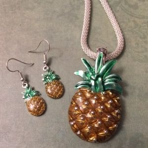 A Pineapple Necklace & Earrings Beach style
